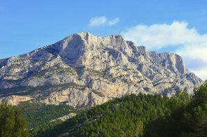 Saint Victoire Les Alpilles zomereditie