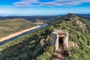 Kasteel van Monfrague voorjaar in Extremadura